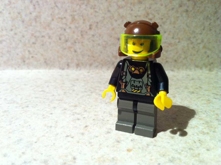 LEGO Rock Raiders Chrome Crusher Minifig