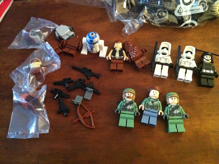 Minifigs for LEGO Battle of Endor set 8038