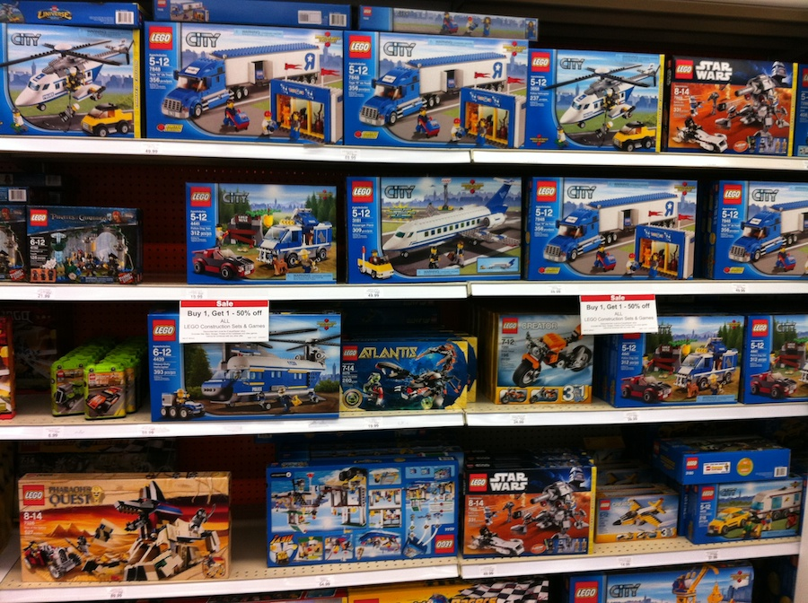 Lego Sets At Toys R Us : Lego sale at toys r us december brick update