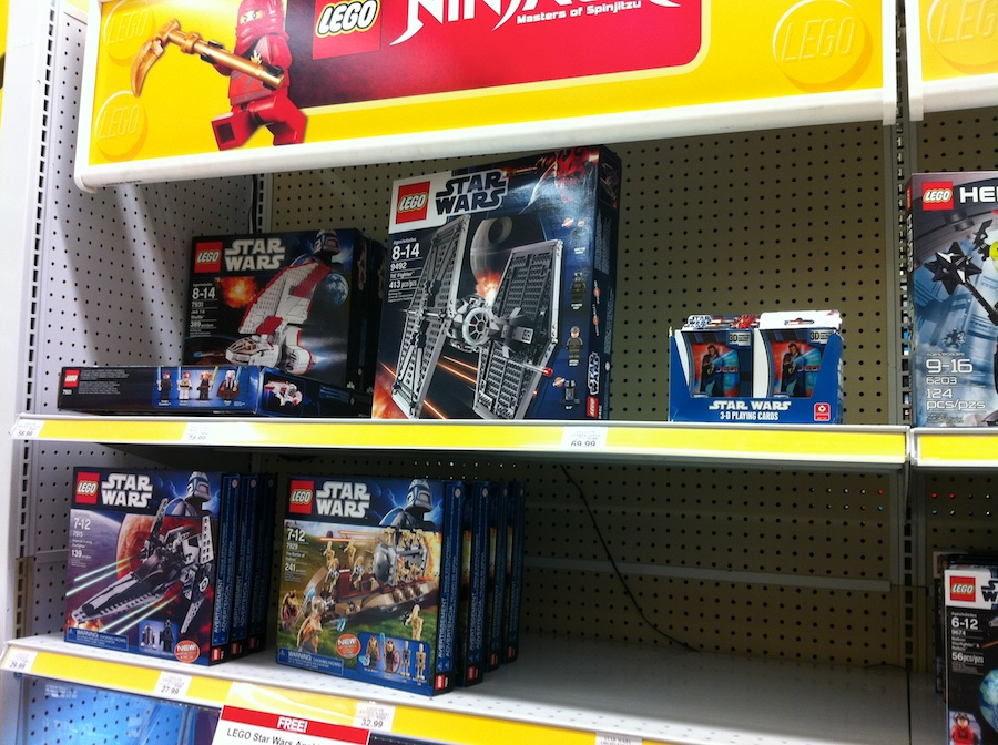 Toys Are Us Star Wars : Lego star wars sets arrive at toys r us brick update