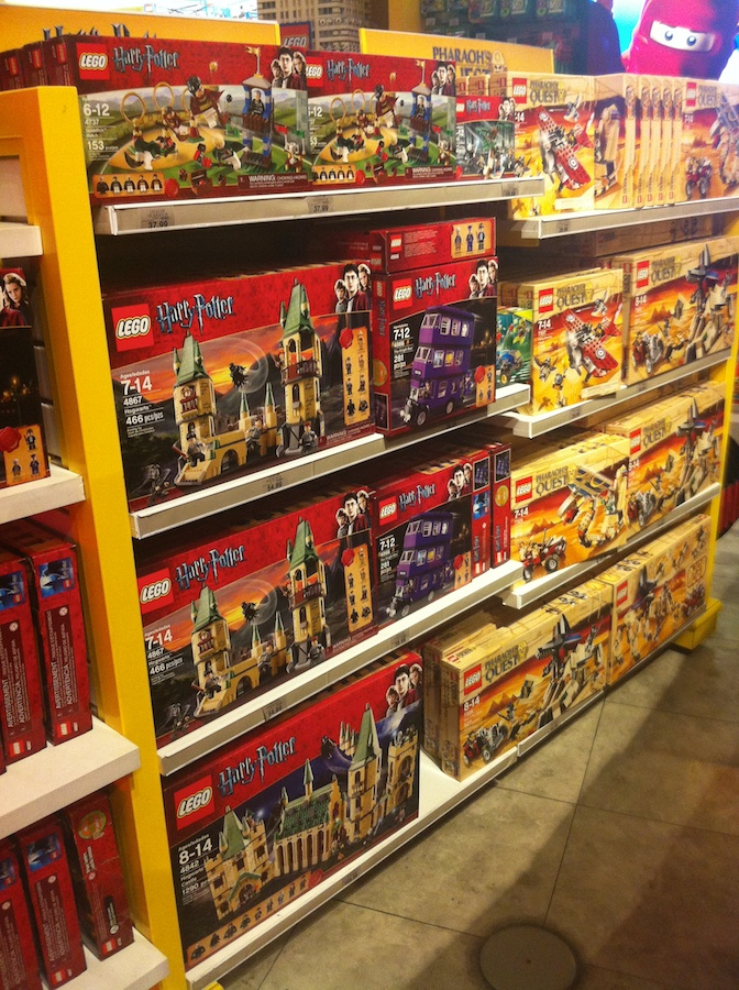 LEGO at Toys R Us, Times Square