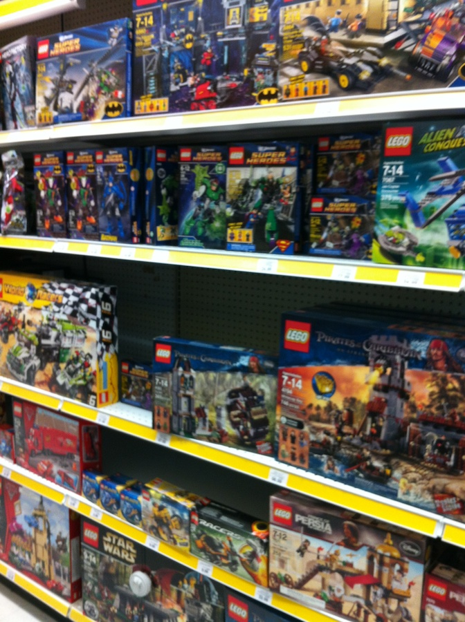 LEGO Avengers Sets Arrive at Toys R Us – Brick Update