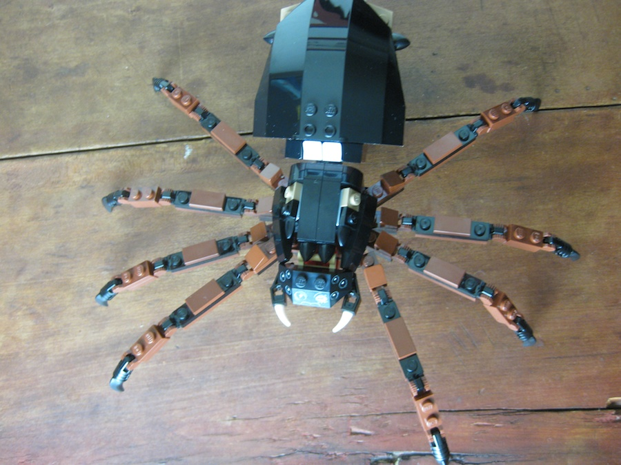 LEGO Shelob Attacks