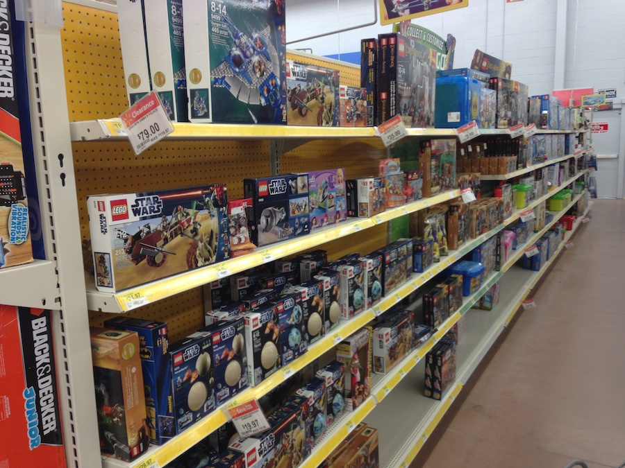 LEGO After-Christmas Sales at Wal-Mart, Target and LEGO Store ...